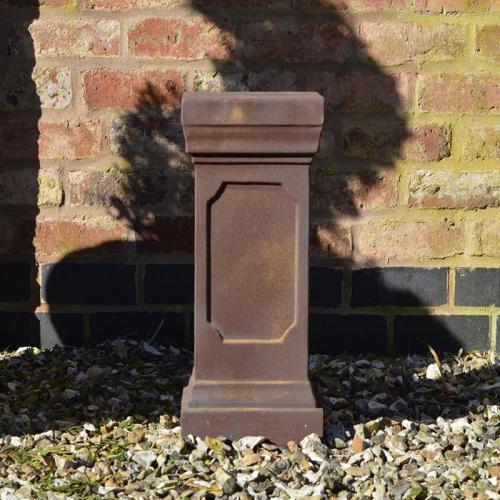 Clawson Plinth in Rust - Small