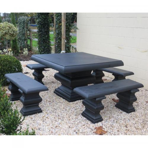 Gonerby Table Set - in Black